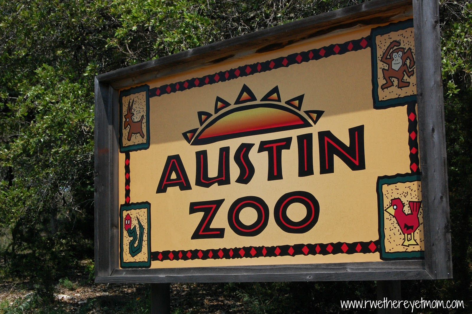 The sign for austin zoo