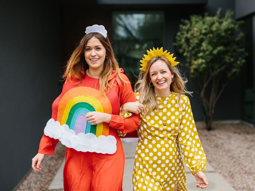 Two friends wearing the hallowen costumes