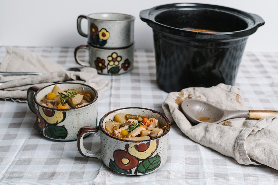 Turkey stew served in large mugs