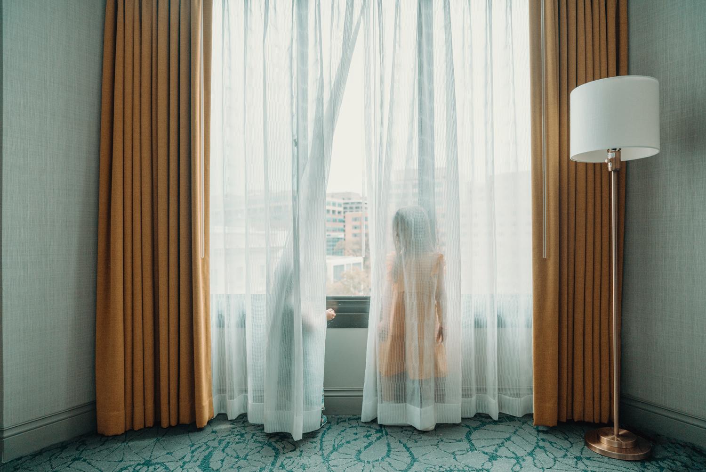 children in hotel room