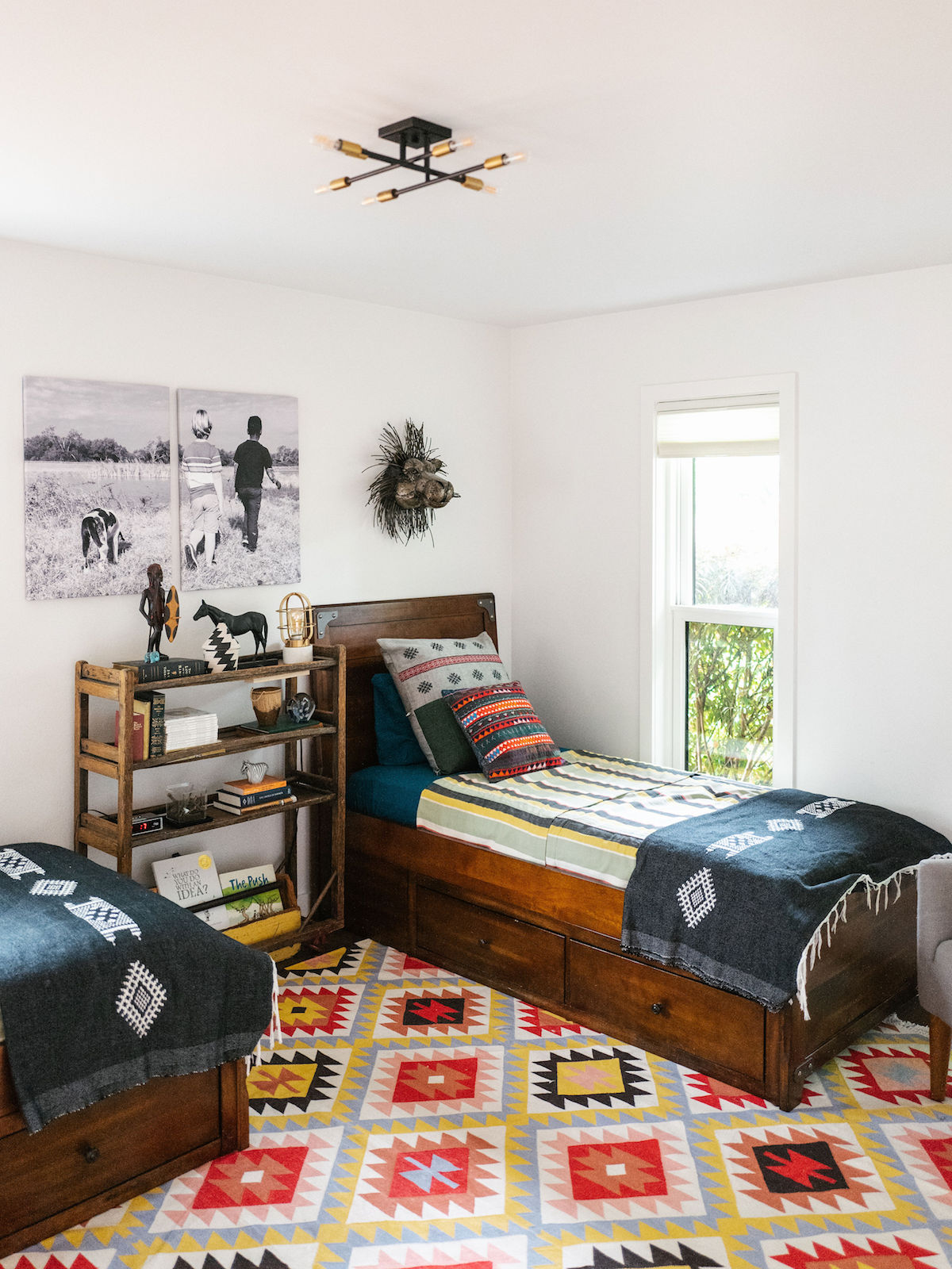 Jessica Honegger\'s Shared Boy\'s Bedroom and Bathroom Reveal ...
