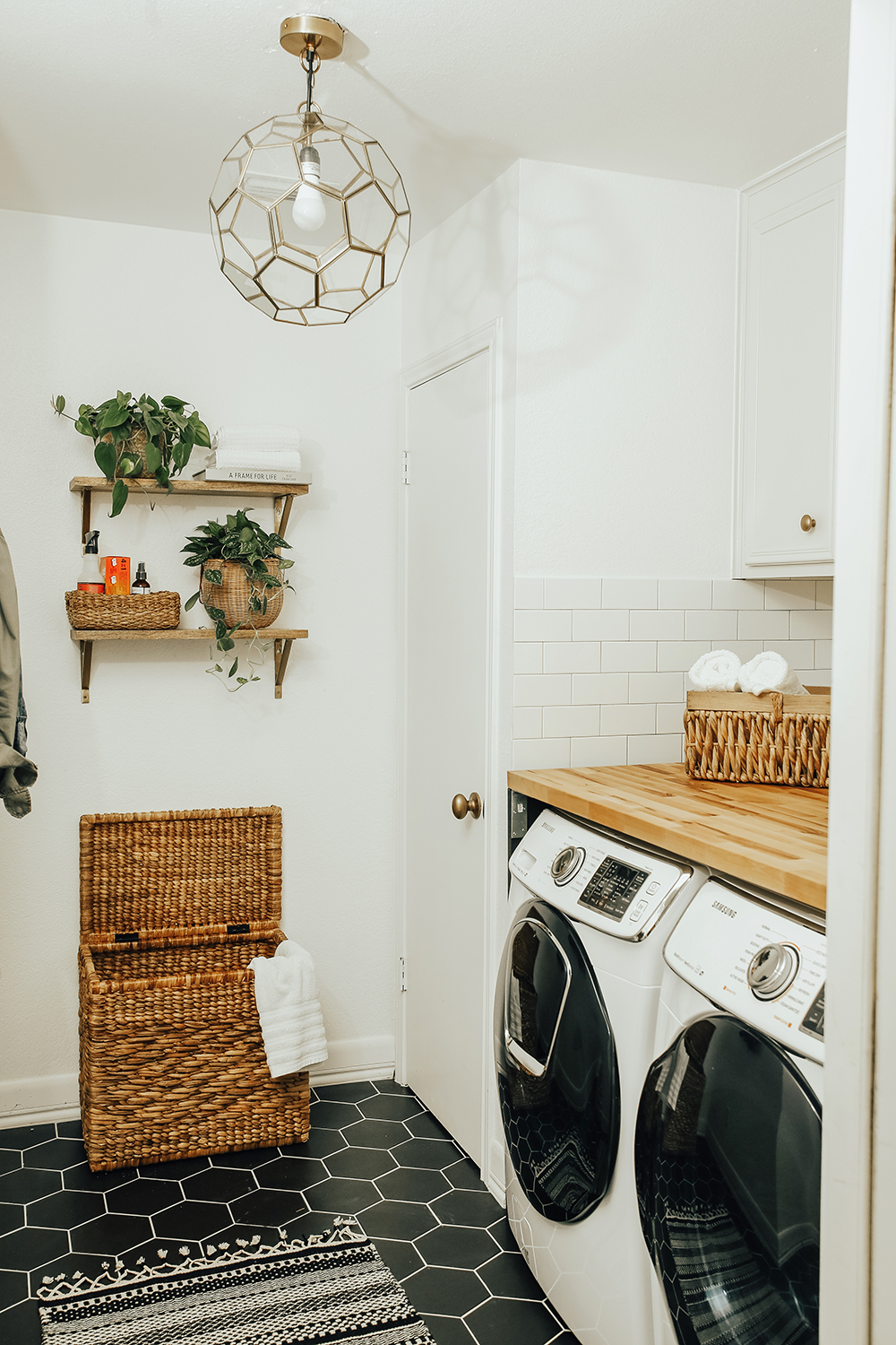 7 Dreamy Laundry Room Before And Afters Gt The Effortless Chic