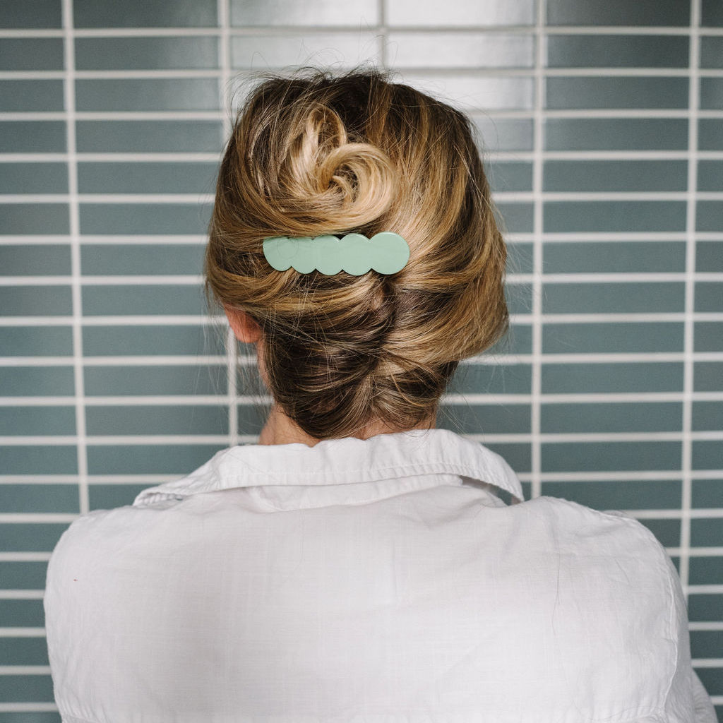 11 Minute Hairstyles: How to Do a Modern French Twist — The